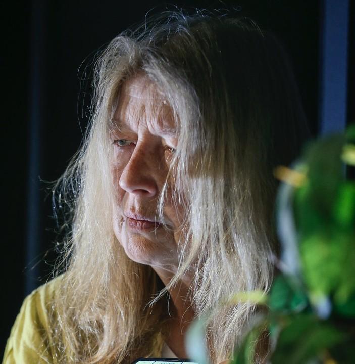 Åsa Eek Engquist som Veronika i Flyga högt av Pia Naurin på Teater UNO/ENteater 2017 -